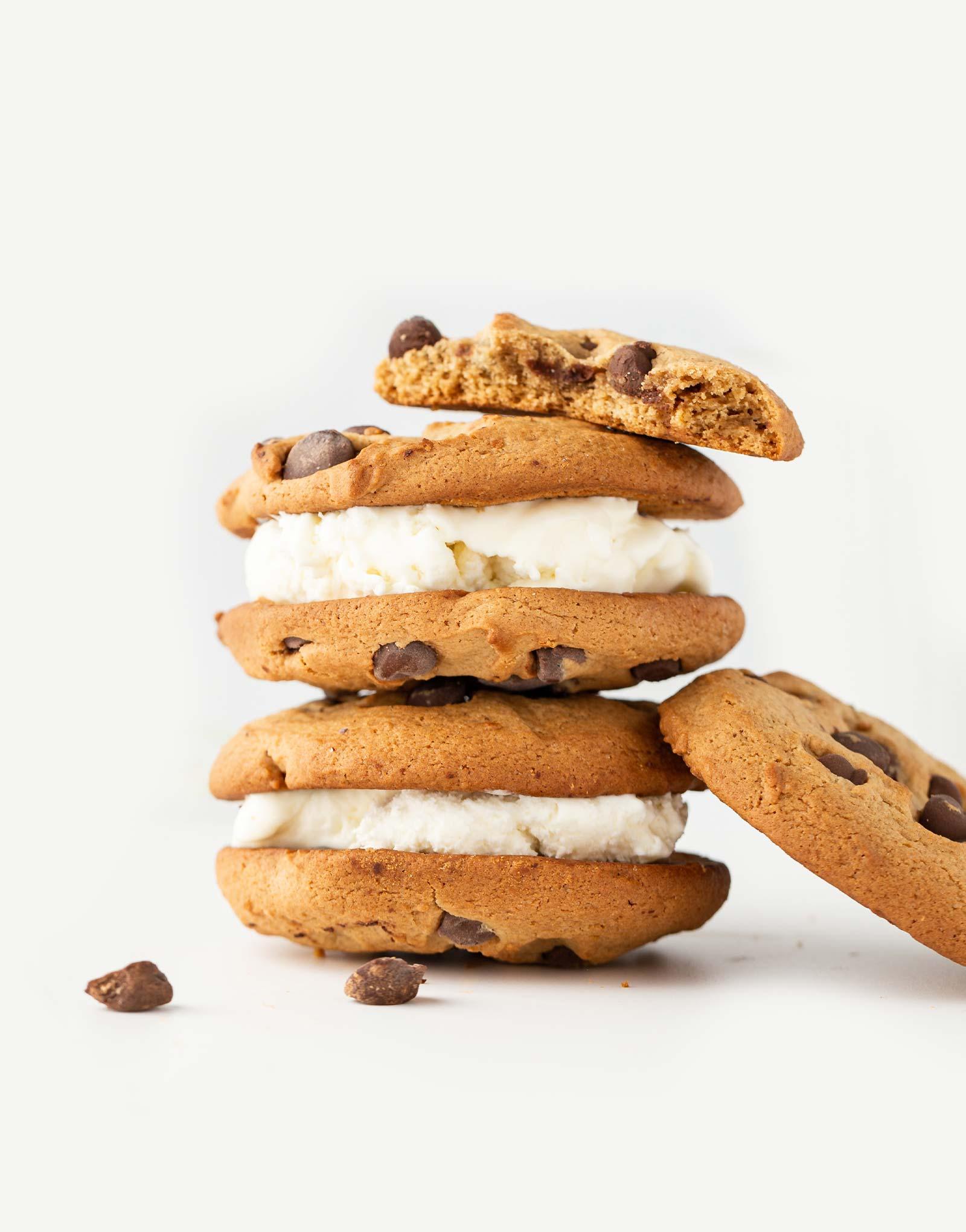 cookies-with-ice-cream